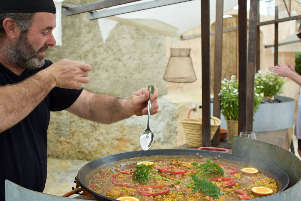 bike+wine-tasting+paella-cooking-majorca